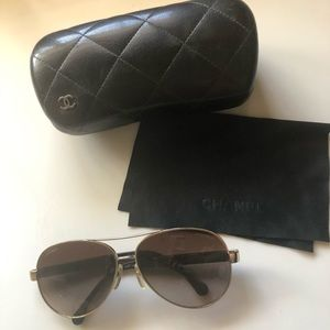 Chanel gold rim aviator sunglasses
